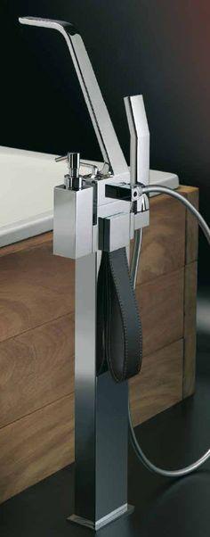 WO851106 Ayaklı küvet bataryası  #banyobataryası #banyo #lavabo #italyandizaynı #weberttürkiye  http://www.webertturkiye.com/prodet.aspx?pn=Wolo=2