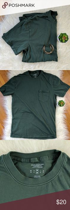 URBAN OUTFITTERS | plain pocket tee, NWOT Standard for tee, army green. Urban Outfitters Tops Tees - Short Sleeve