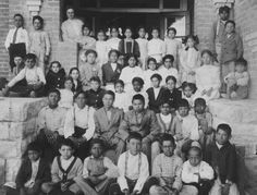 The fourth grade class from Drachman School, circa 1913. Ramon Montaño is in the first row on the far left. Lin Key is in  the second row, fourth from the right.    Image courtesy of the Arizona Historical Society/Tucson AHS69472.
