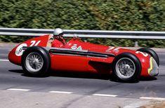 Zur Feier des 110. Geburtstages der Marke Alfa Romeo lancieren wir heute unseren #AlfaAugust. Über den Monat August verteilt werden wir euch 11 visuelle Leckerbissen der wohl leidenschaftlichsten Automarke der Welt präsentieren. Den Start in den #AlfaAugust legt der Alfa Romeo Tipo 158 (Im Bild sein Nachfolger, Tipo 159).   ©Bruno von Rotz #zwischengas #oldtimer #youngtimer #classiccar #classiccars #auto #car #cars #alfaromeo #alfaaugust #AlfaAugust
