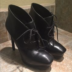 Guess Heel Boots Only wore twice! Make me an offer! Guess Shoes Ankle Boots & Booties