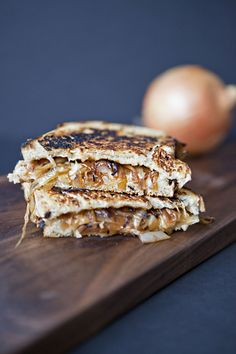 French Onion Grilled Cheese #grilledcheese #panerachallenge