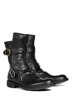 Black Buckled Boots by FIORENTINI & BAKER -- got them, so cool, wear them whit skinny and silktop!