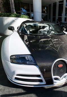 Bugatti Veyron Super Sport Vivere by Mansory Bugatti Shoes, Bugatti Cars, Bugatti Veyron, Vw Group, Super Sport, Super Car, Sweet Cars, Car In The World, Nissan Skyline