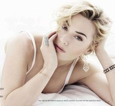 Kate Winslet - Vogue Spain by Miguel Reveriego, August 2012, nice pose