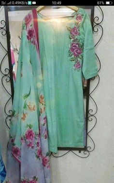 Punjabi Suits Designer Boutique, Indian Designer Suits, Hand Embroidery, Embroidery Designs, Paint Designs, Female Art, Kimono Top, Cover Up, Hair Beauty
