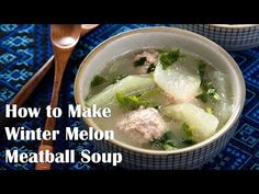 Winter Melon Soup with Meatball (冬瓜丸子汤) Winter melon soup with meatball - a soothing and comforting dish that is high in nutrition and only contains 150 calories per serving. Winter Melon Soup with Meatball (冬瓜丸子汤) Wi Chinese Soup Recipes, Asian Recipes, Vegetarian Recipes, Cooking Recipes, Healthy Recipes, Healthy Desserts, Healthy Cooking, Winter Melon Tea, Pork Broth