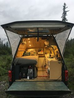 Meet the Coldwater Freediver Living Full Time in a Ford - vanlifeideas Truck Canopy Camping, Pickup Camping, Truck Bed Camper, Truck Camping, Camper Van, Truck Tent, Camping Box, Minivan Camping, Camping Tricks