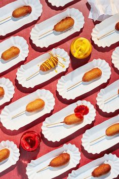 Representing Photographers, Directors, and Stylists for ALL MEDIA. Food Design, Food Graphic Design, Food Photography Styling, Food Styling, Photo Food, Food Patterns, Corn Dogs, Food Illustrations, Creative Food