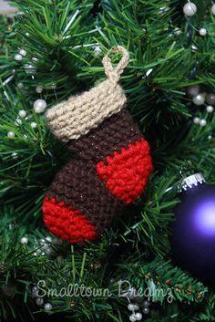 Mini Me Stocking - $3.50 by Stephanie Jennings of Smalltown Dreamz / Stockings - 12 Crochet Round Ups of Christmas - Rebeckah's Treasures