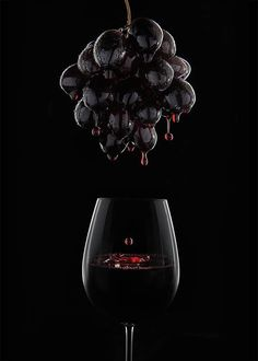 Nadire Atas Images of Wine commercial_photography_paul_christey_brisbane_beverage_red_wine_grapes_low-res Glass Photography, Creative Photography, Product Photography, Photography Ideas, Photography Lighting, Summer Photography, Inspiring Photography, Photography Tutorials, Beauty Photography