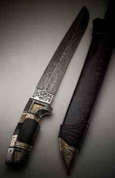 CyBorg  -  André Andersson Custom Damascus Knives - Knives, Daggers, Swords and Artknives from Sweden