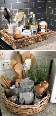 廚房灶台是家裡最難打理的地方之一,我經常會因為廚房灶台的清潔問題而頭痛,尤其是當菜做的越好越香時,灶台就越髒越難清理,這兩個互成反比的問題常常讓人很難取捨,被逼無奈想出了下面這個方法,效果很好,還不太影響廚房的美觀。