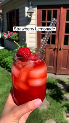 Healthy Drinks, Healthy Smoothies, Healthy Snacks, Homemade Smoothies, Fruit Smoothie Recipes, Smoothie Drinks, Fruit Drinks, Beverages, Non Alcoholic Drinks