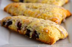 The BEST Blueberry Scones (Bakery Style) Recipe | Eggless Cooking Eggless Desserts, Eggless Recipes, Vegan Dessert Recipes, Homemade Desserts, Brunch Recipes, Baby Food Recipes, Baking Recipes, Scone Recipes, Egg Recipes