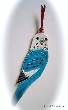 ご覧頂きまして誠に有難うございます☆ 主に小鳥の革小物作品を制作しております、レザーアート工房GreatMountainです☆こちらはハンドメイドのセキセイイ...|ハンドメイド、手作り、手仕事品の通販・販売・購入ならCreema。