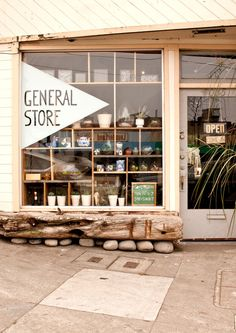 iwilllivehere: Great shop front window design, really nice shelving layout and bench. Design Shop, Shop Front Design, House Design, Cafe Bar, Front Window Design, Coffee Shop, Deco Cafe, Vitrine Design, Retail Signage