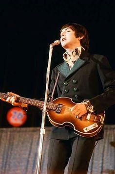 Paul McCartney '66
