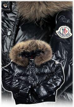 Doudoune Moncler Enfant Blouson Noir Animal Blouson Noir, Fur Collars, Down  Coat, Hoods f4cf8264c03