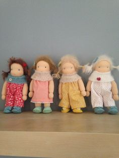 Suitcase dolls made by Else Besjes
