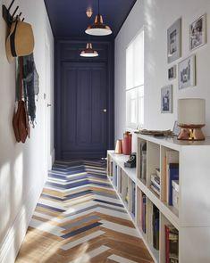 Retro Bathroom Decor, Retro Bathrooms, Kitchen Decor, Small Lounge Rooms, Hallway Colours, Small Hallways, Interior Decorating, Interior Design, Inspired Homes