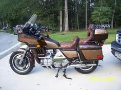 This is a 1983 Honda Goldwing Aspencade. This is the motorcycle my dad owned. We made a lot of memories with that bike. This is also the color of bike he had. I remember all the times we'd go over the skyway. I remember how when I would have a bad day he would take me out on the bike. Selling the bike was the hardest thing to do.