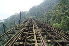 Caminho da Funicular/Viaduto 11-Paranapiacaba/Cubatão   Construída em 1901 e abandonada em 1981