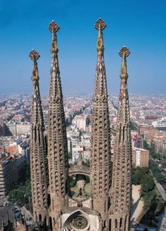 La Sagrada Familia de Gaudí - Barcelona, Spain