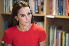 Kate Middleton Photos Photos - The Duke and Duchess of Cambridge Visit YoungMinds Mental Health Charity Helpline - Zimbio