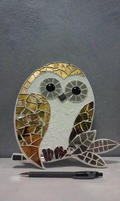 Painted Glass Art Old Windows Glass Artists Texture Owl Mosaic, Mosaic Birds, Mosaic Wall Art, Mosaic Diy, Mosaic Crafts, Mosaic Projects, Stained Glass Projects, Stained Glass Patterns, Mosaic Patterns
