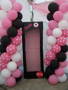 barbie photo booth black box and balloons Barbie Party Decorations, Barbie Theme Party, Barbie Birthday Party, 16th Birthday Gifts, 4th Birthday Parties, Diy Birthday, Birthday Decorations, Balloon Decorations, Birthday Ideas