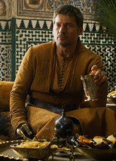 Game of Thrones, Costumes by Michele Clapton. Game Of Thrones Wiki, Game Of Thrones Costumes, Got Game Of Thrones, Ramsey Bolton, Cersei And Jaime, Got Characters, Game Of Trones, Nikolaj Coster Waldau, Jaime Lannister
