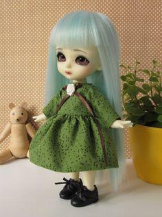 Green dress for Lati Yellow Pukifee flowers by EveryDollsDream