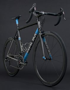 Busyman tape & recovered saddle on Baum's GTR, Avon Black, Sky Blue, Arctic Silver, Corretto