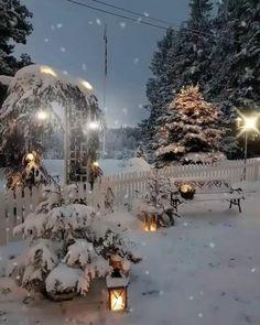 Beautiful Christmas Scenes, Christmas Scenery, Winter Scenery, Christmas Background, Christmas Wallpaper, Christmas Landscape, Merry Christmas Gif, Cozy Christmas, Christmas Pictures