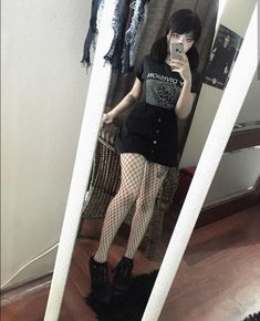 More Dark Grunge Looks to Check Out « niubi. Grunge Outfits, Edgy Outfits, Mode Outfits, Outfits With Tights, Goth Girl Outfits, Black Outfits, Tumblr Outfits, Mode Emo, Mode Punk