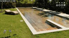 This #pool can change depths when you need it to