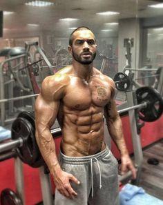 Lazar Angelov  ..... This is the goal.... Lean yet bulk... Motivating