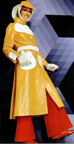 Courreges vinyl raincoat, L'officiel magazine I can almost smell fall. It's time for a bright yellow raincoat! 60s And 70s Fashion, Mod Fashion, Vintage Fashion, Vintage Fur, Vintage Mode, Vogue, Vintage Outfits, Vinyl Raincoat, Lauren Hutton