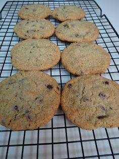 Dizzy in the Kitchen: Paleo/Gluten Free Chocolate Chip Cookies
