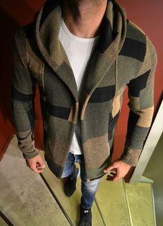 Modagen.com | Erkek Giyim, Erkeklere Özel Alışveriş Sitesi ~ Kareli Yesil Yeni Sezon Hirka Kazak