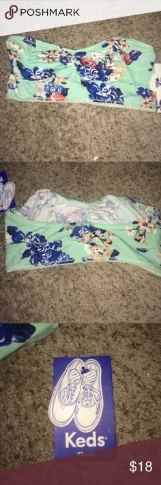NWT keds bandeau Brand new, never worn, fits good on DDD and DD, minty green with flowers. Let me know if you have any questions:) keds Intimates & Sleepwear Bandeaus