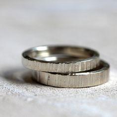 14k gold tree bark wedding ring set