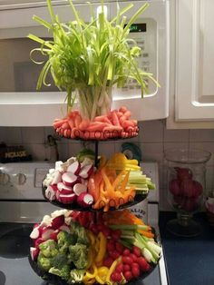 Veggie display Rockwell Catering and Events (Cheese Platter Baby Shower) Party Food Platters, Veggie Platters, Food Trays, Veggie Tray, Vegetable Trays, Fruit Trays, Party Trays, Party Buffet, Catering Display