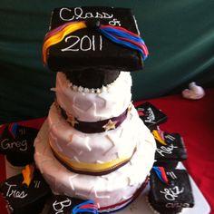 2011 summer graduate cake Holiday Decorating, Cookie Decorating, Decorating Ideas, Graduation Cake, Graduation Ideas, Cake Cookies, Cupcakes, Grad Parties, Event Decor