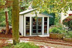 Gardenplaza: Gartenhäuser - Sichere Aufbewahrung von Spaten, Besen und Co. (Foto: epr/Ganama/Claus Sebald) Gazebo, Outdoor Structures, Garden, Outdoor Decor, Plants, Home, Wood Stone, Outdoor, Kiosk