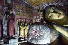 Au Sri Lanka, on mange, on prie et on aime. Direction le pays de Bouddha, de Dambulla , Anuradhapura à Kandy, feuilletez mon carnet de voyage Sri lankais