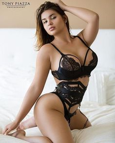 #FF @princess_thais @princess_thais @princess_thais @princess_thais @princess_thais _ P @anastasiya_kvitko @ • Proмo By @fameshouts • #beauty #queen #love #life #insta #upload #india #paris #moscow #goa #spain