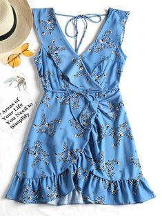 Beach Wear Dresses, Day Dresses, Cute Dresses, Mini Dresses, Floral Dresses, Summer Outfits, Cute Outfits, Summer Dresses, V Neck Dress