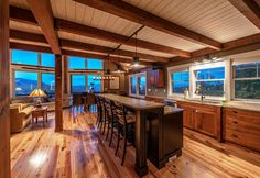 Small sq footage doesn't mean lack of space in this timber frame. Click thru to see more on this small house. #postandbeamhomes